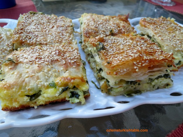Delicious spinach and cheese pastry with fillo sheets; Ispanakli, peynirli borek