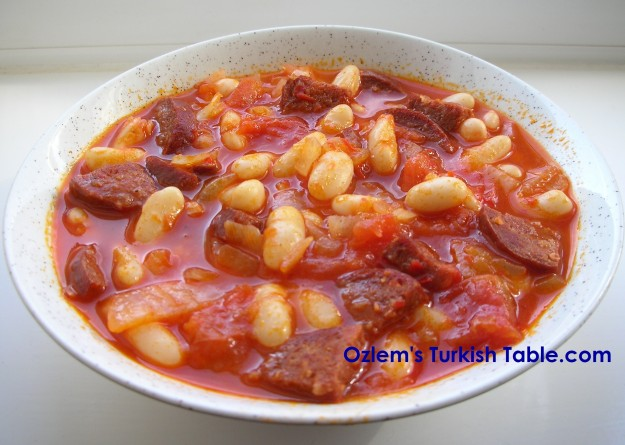 Turkish Bean stew with spicy sausages, sucuklu kuru fasulye