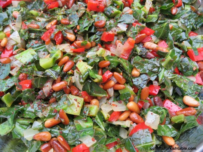 Delicious, refreshing & crunchy; leafy greens with pepers, onions and pine nuts