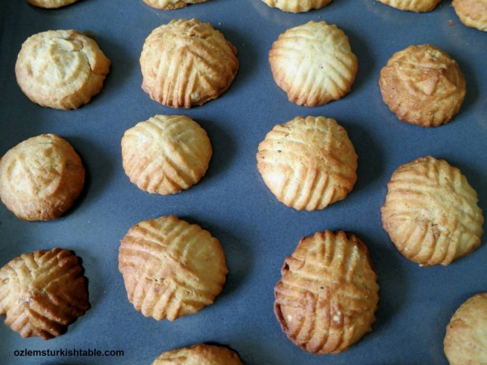 Baked kombe cookies; love its crunchy texture and delicate taste, flavored with cinnamon.