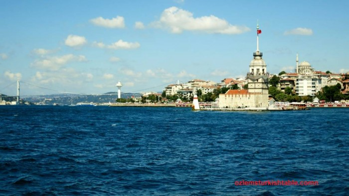 The Bosphorus bridge, Kiz Kulesi - the Maiden tower and the glorious Bosphorus