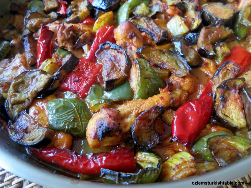 Baked Eggplant Kebab With Chicken Onions Peppers Patlicanli Tepsi Kebabi