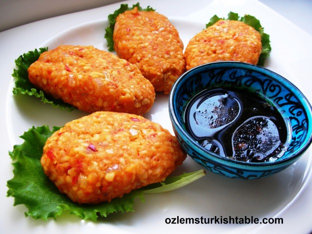 Bulgur and lentil patties, mercimekli, bulgurlu kofte; wholesome - try next to pomegranate molasses & olive oil dipping sauce, delicious.
