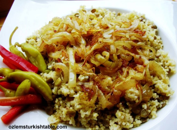 Bulgur and lentil pilaff with caramalised onions, Mercimekli Bulgur pilavi