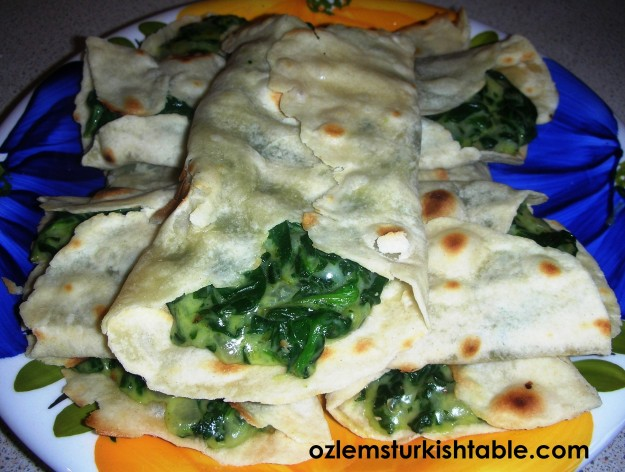 Anatolian flatbreads with cheese & spinach filling - Gozleme