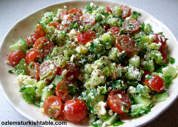 Refreshing crumbled feta salad with spices