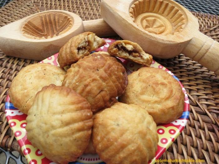 Antakya's kombe cookie with walnuts and cinnamon
