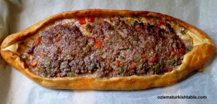 Kiymali Pide, Turkish oval flat breads with ground meat, onion, tomato and peppers