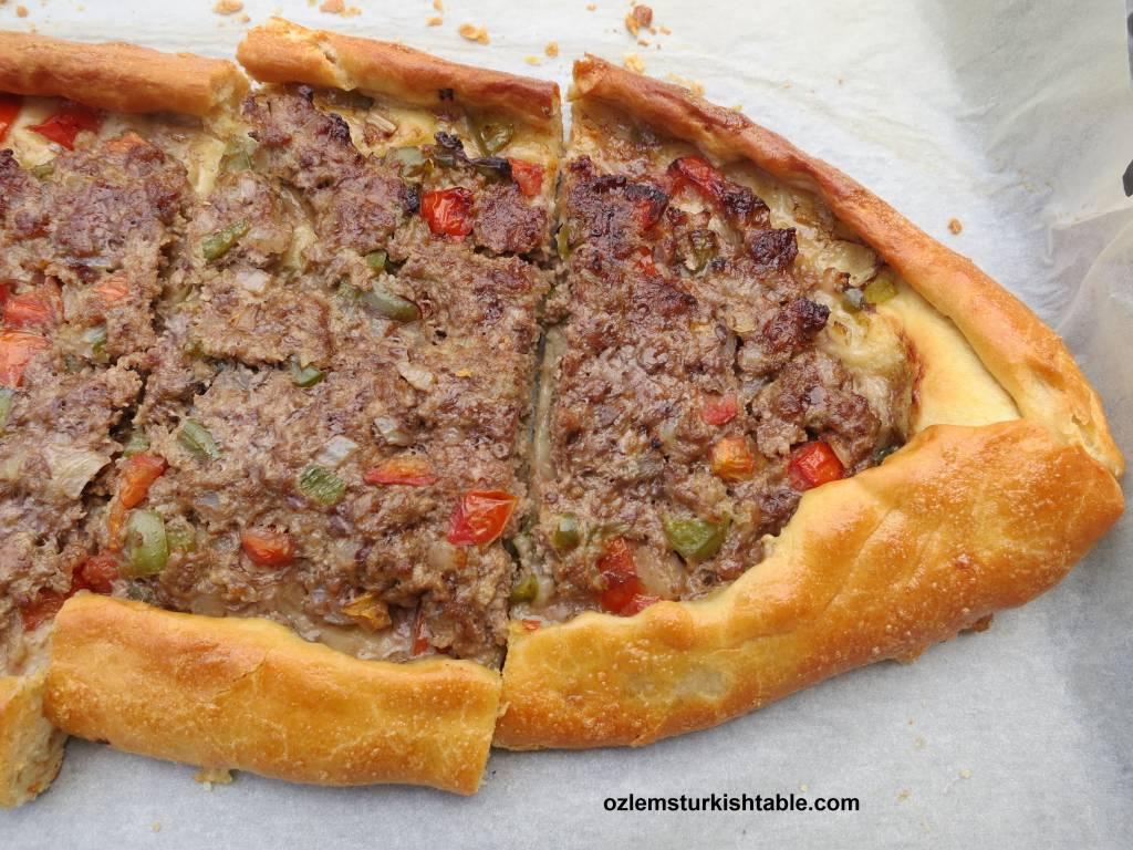 Tag: kiymali pide | Ozlem's Turkish Table