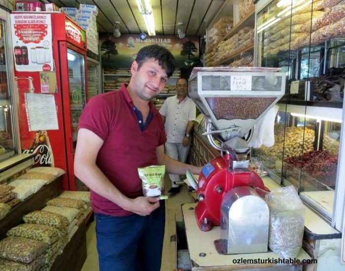 Freshly ground Turkish coffee at Meraklilar Kuruyemiscisi, Ortakoy - Istanbul