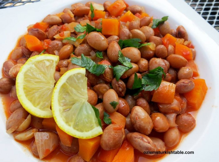 Barbunya Pilaki; borlotti or cranberry beans cooked with onions, tomatoes and carrots in olive oil.