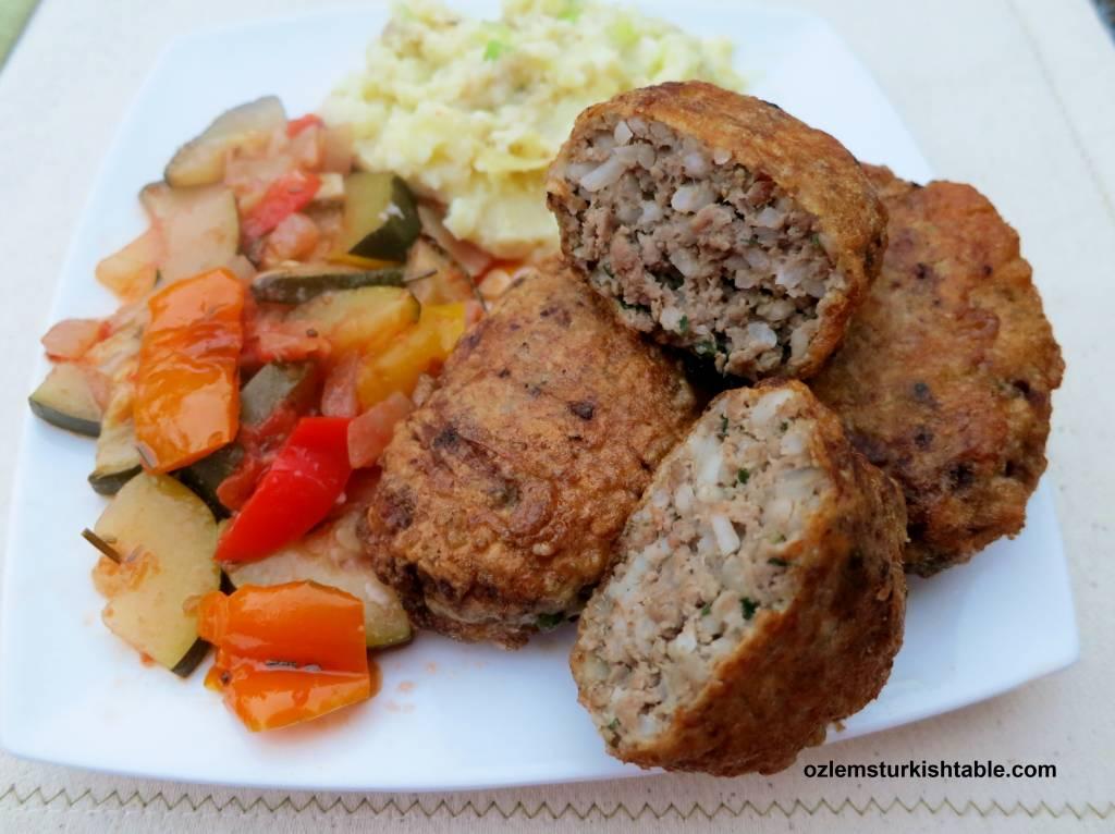 kadinbudu kofte; turkish lady's thigh meatballs | ozlem's turkish table