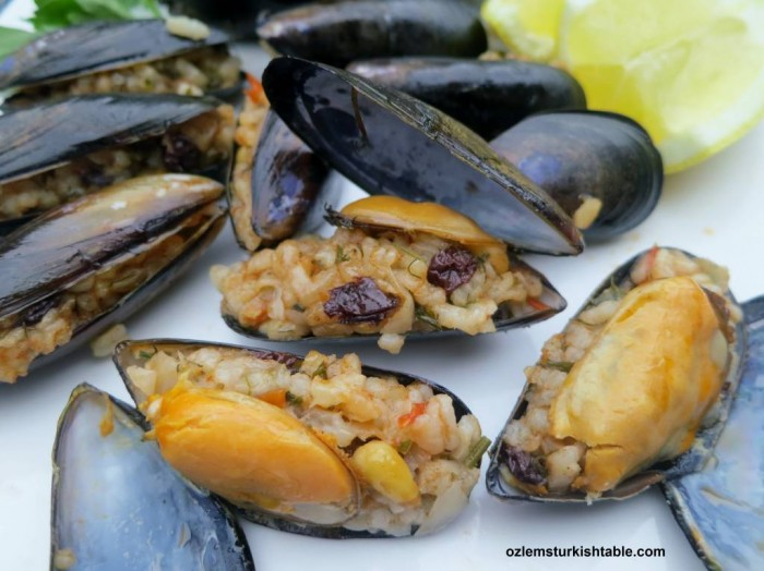 Midye dolma; stuffed mussels with aromatic rice, pine nuts and currants